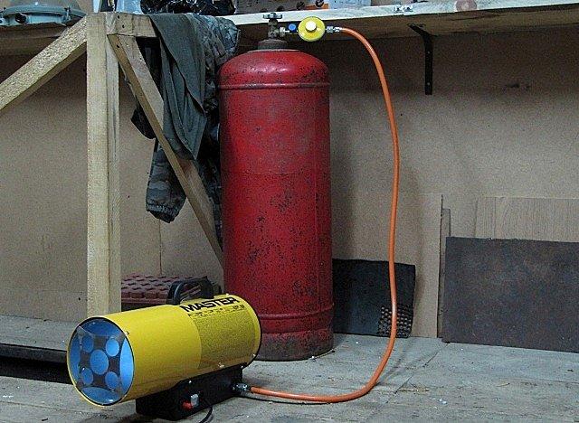 Газовая отопительная техника - экономичный способ обогрева гаража или мастерской